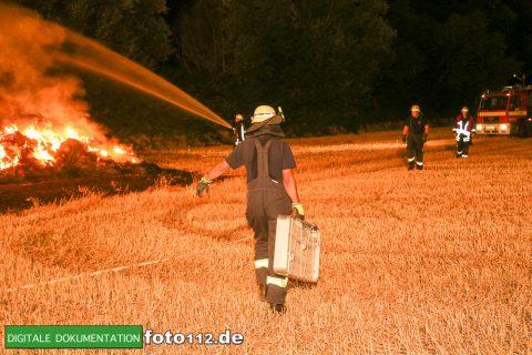 Eichwaldstr-brennt-Strohlager-007