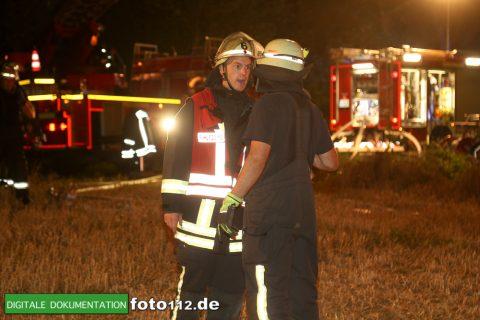 Eichwaldstr-brennt-Strohlager-008