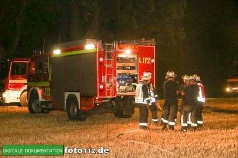 Eichwaldstr-brennt-Strohlager-012