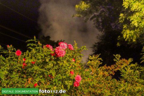 Eichwaldstr-brennt-Strohlager-Sony-007