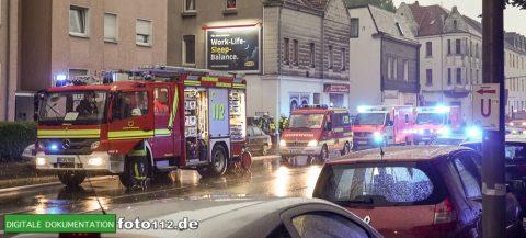 Provinzialstr.-Dachstuhlbrand-010Nacht
