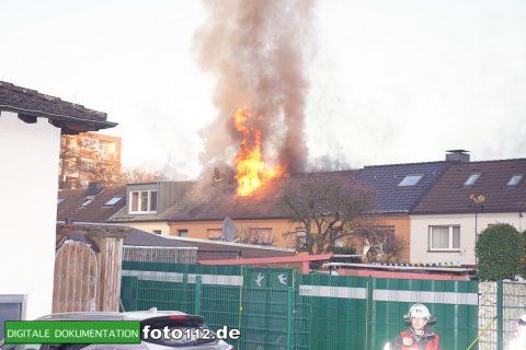 Immanuel-Kant-Straße-Dachstuhlbrand-001
