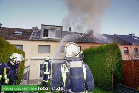 Immanuel-Kant-Straße-Dachstuhlbrand-007