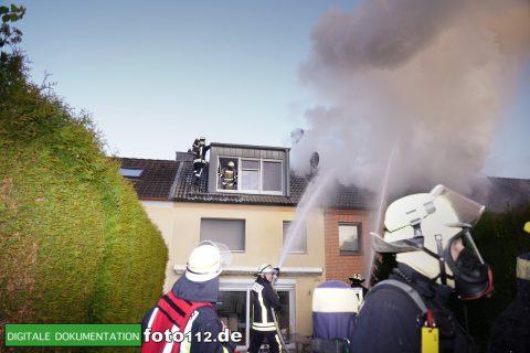 Immanuel-Kant-Straße-Dachstuhlbrand-008