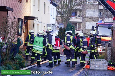 Immanuel-Kant-Straße-Dachstuhlbrand-014