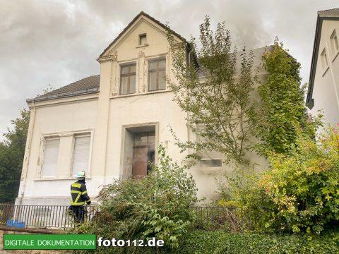 Egilmarstrasse-Feuer-im-Gebaeude-013