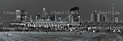 Pano-Stadion-02