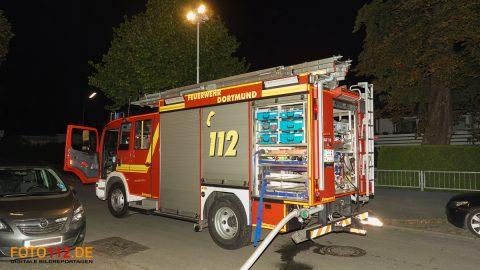 Brennt-Wohnwagen-002