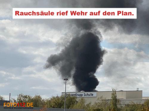 Feuer im Hafenbereich